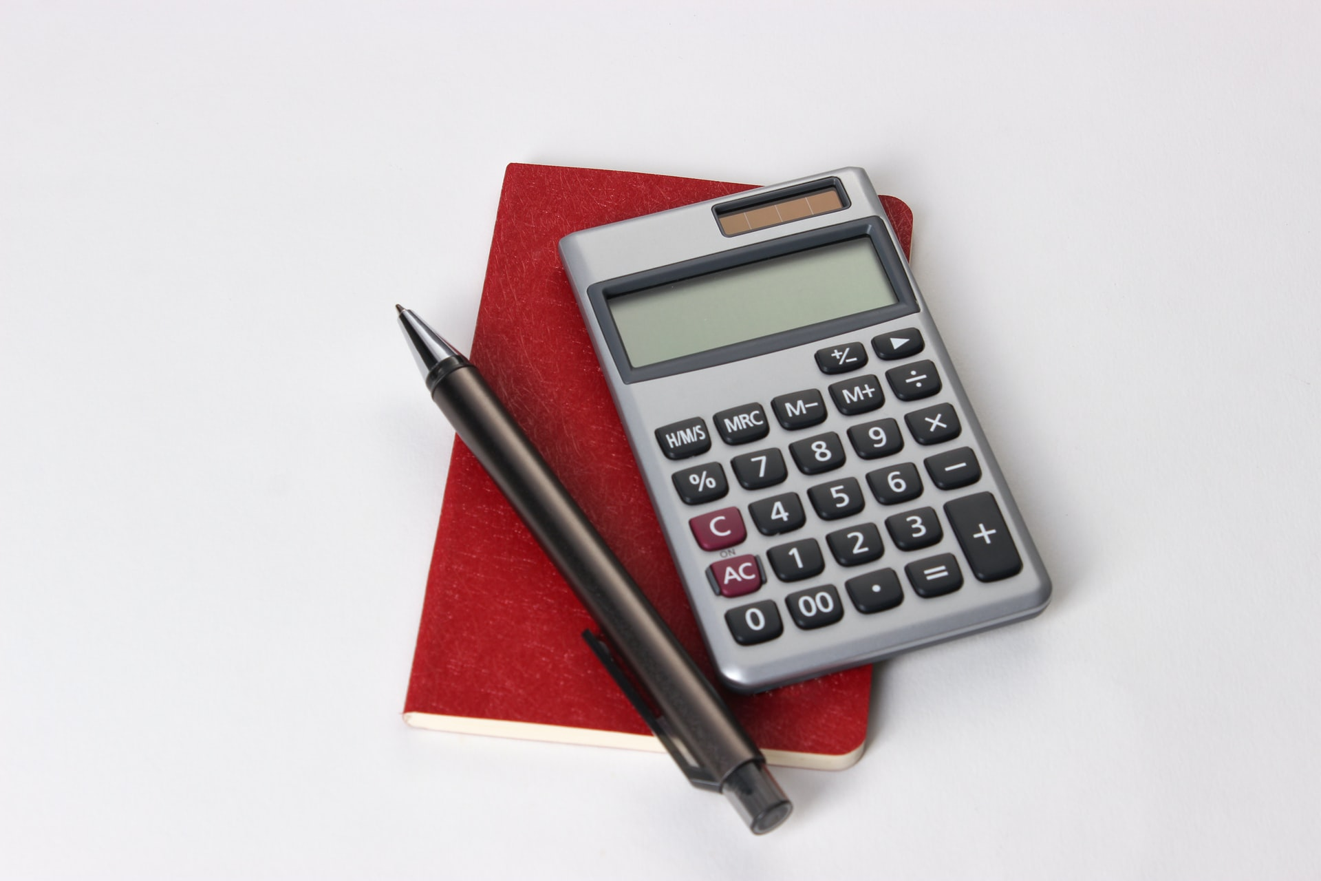 Miniräknare, papper och penna